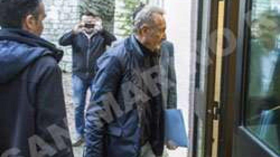 Gabriele Gatti entra in carcere