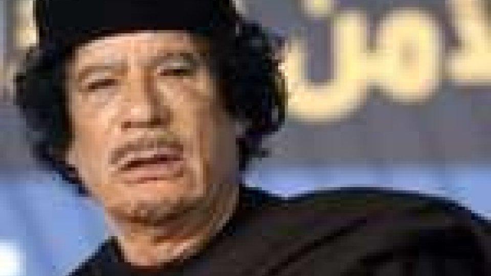 """Libia. Gheddafi tuona: """"vittoria o morte!"""""""