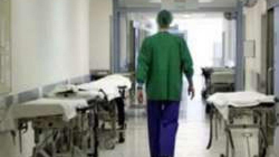 Meningite: è corsa al vaccino anche nel Riminese
