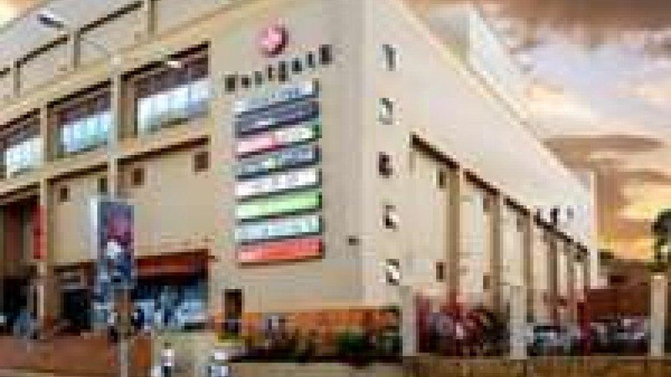Kenya: assalto a centro commerciale, morti e ostaggi