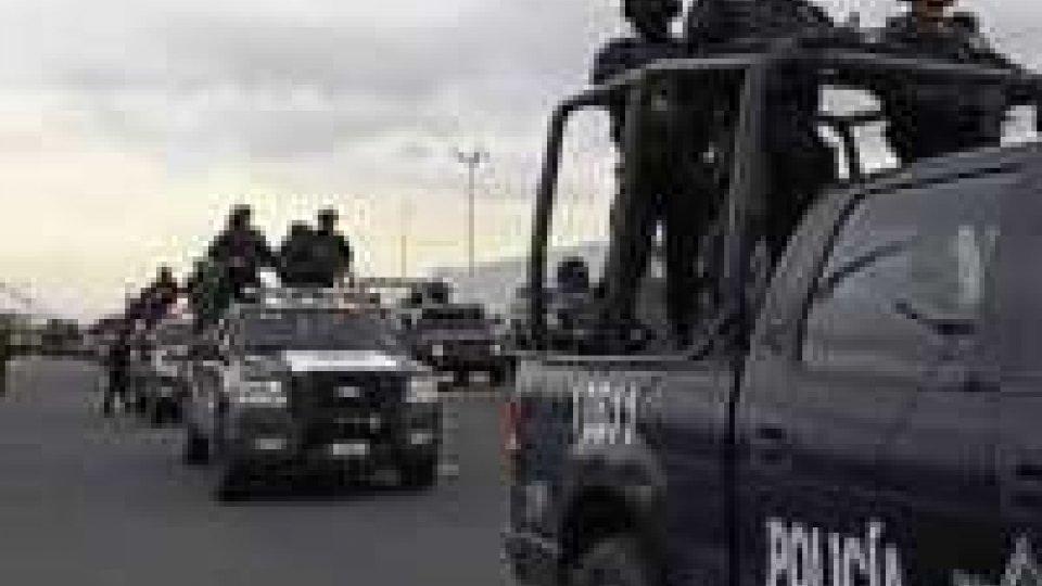 Messico: scontri polizia-narcos in Michoacán, 22 morti