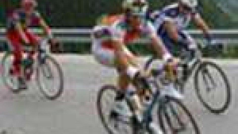 Tour de France: Cancellara ancora maglia gialla
