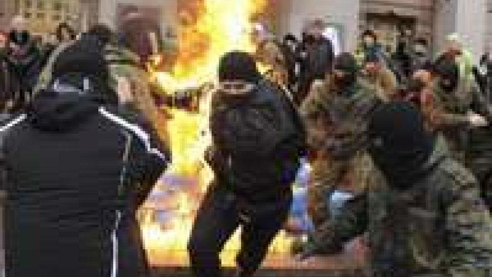 """Ucraina, Putin: """"Non accetteremo ultimatum"""""""