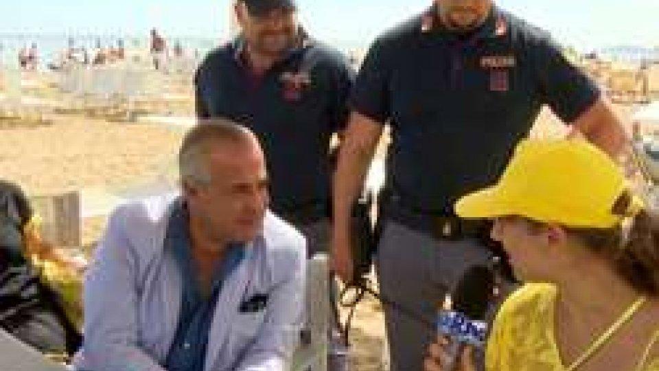Il Questore di Rimini Impronta intervistato dai ragazzi di Rimini AutismoTv tutti, i ragazzi di Rimini Autismo intervistano il questore sulla sicurezza