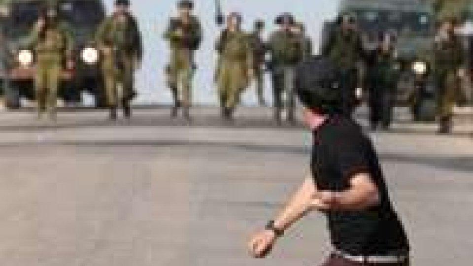 Gaza: sale la tensione dopo la morte dell'attivista in carcere