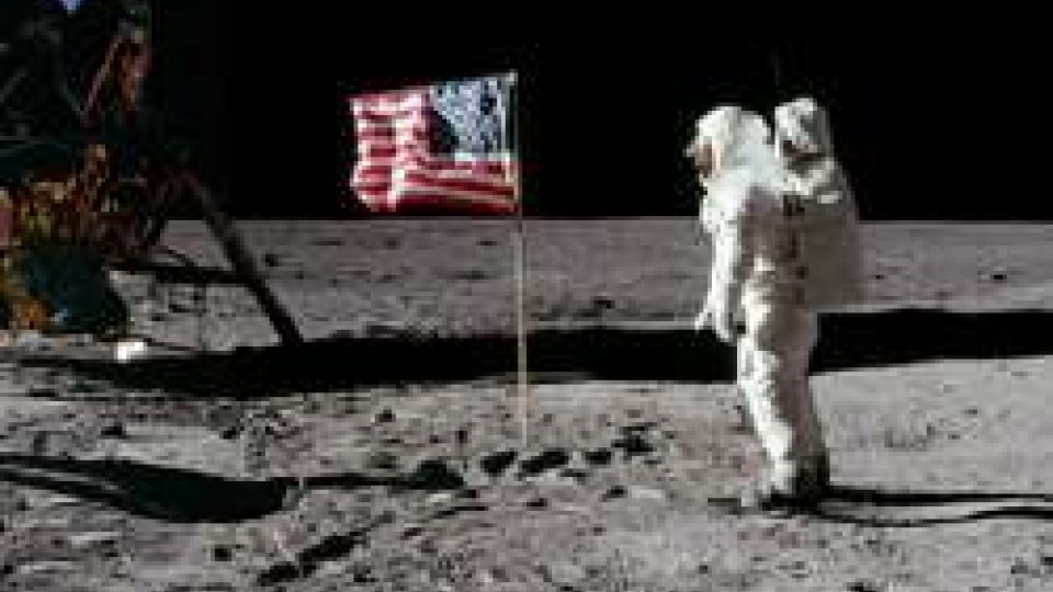 20 luglio 1969: il piede dell'uomo tocca la Luna