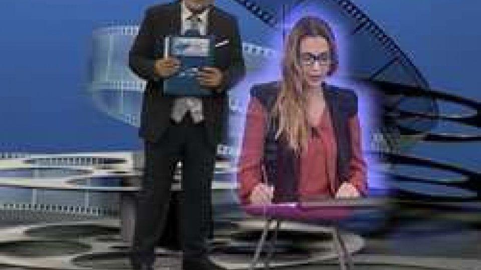 Francesco Zingrillo e l'ologramma di Monica FabbriLa Rubrica AL CINEMA riparte con QUO ZALONE?