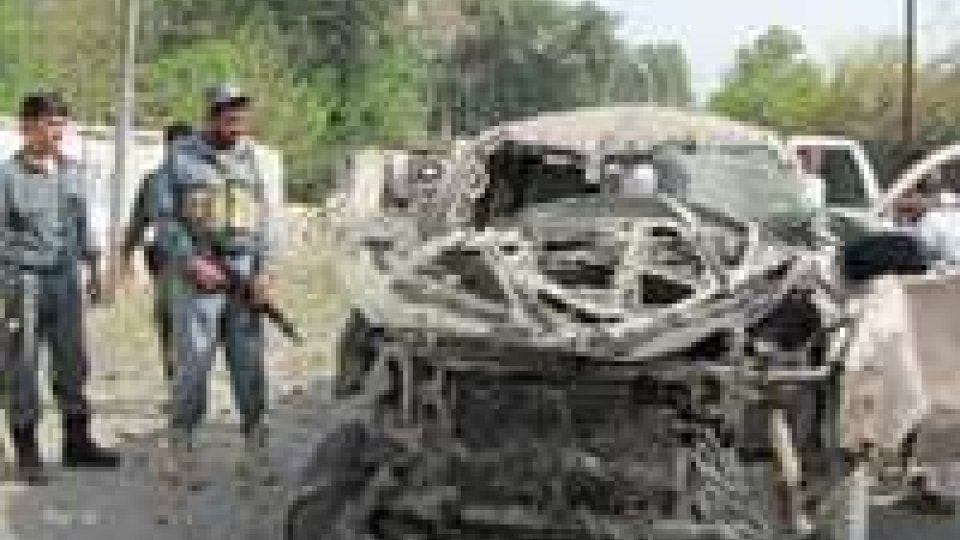 Afghanistan: attentato contro le forze Isaf
