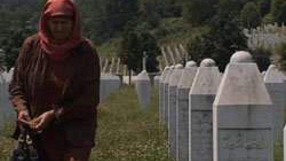 21 anni fa il massacro di oltre 8.000 bosgnacchiSrebrenica: 21 anni fa il massacro di oltre 8.000 bosgnacchi