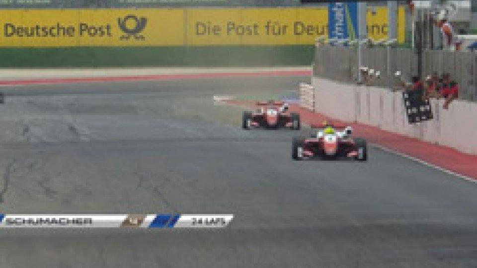 l'arrivo di Schumy juniorIn Formula3 brilla Schumy junior