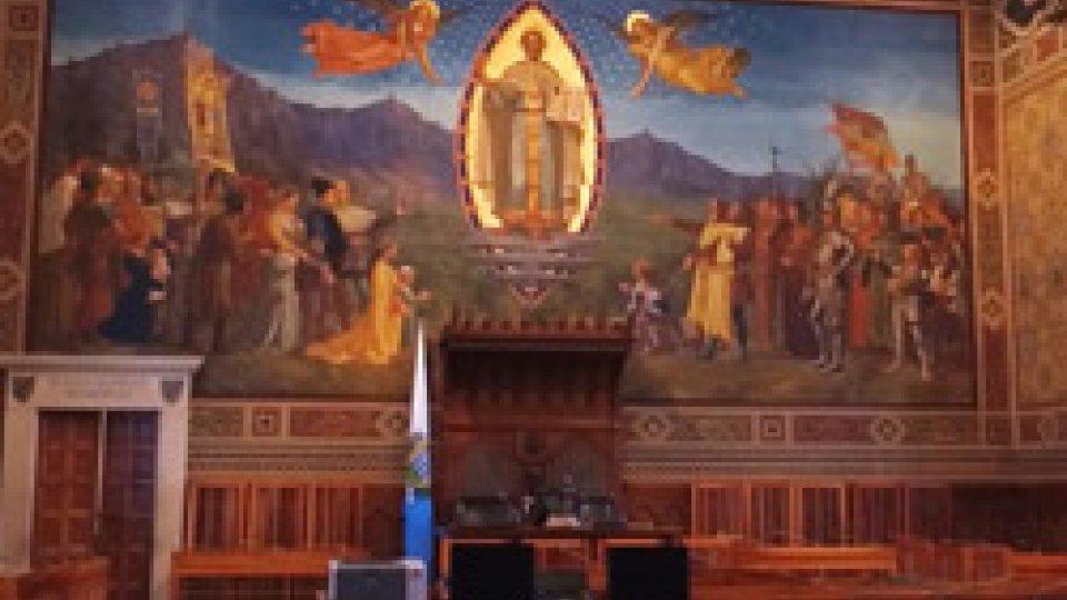 """La sala del ConsiglioLegge elettorale: l'opposizione vuole cambiarla, per il Governo """"le priorità sono altre"""""""