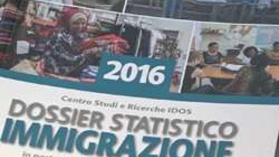 Rapporto 2016 sull'immigrazione: 5 milioni gli immigrati stabili, stessa cifra degli italiani partiti per l'esteroRapporto 2016 sull'immigrazione: 5 milioni gli immigrati stabili, stessa cifra degli italiani partiti per l'estero