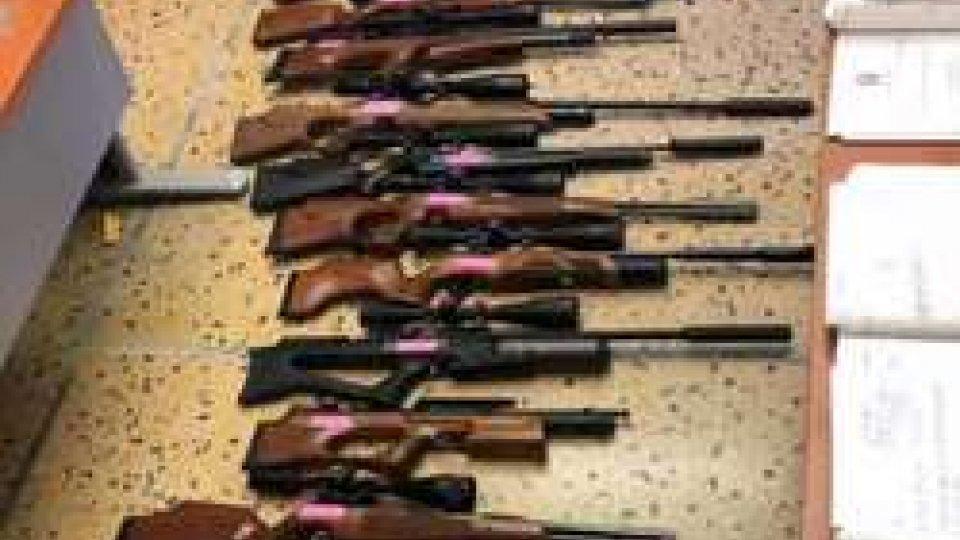 """""""Lethal Weapon""""""""Lethal Weapon"""": Polizia blocca traffico di armi micidiali dalla Polonia [VIDEO]"""