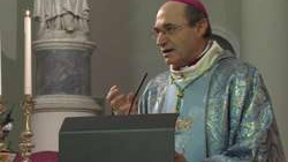 Mons. Andrea TurazziL'impegno quotidiano della 'non violenza'. A San Marino la messa in Pieve