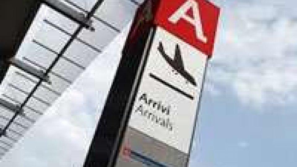 Aeroporti: Pieroni preoccupato per lo scalo di Ancona