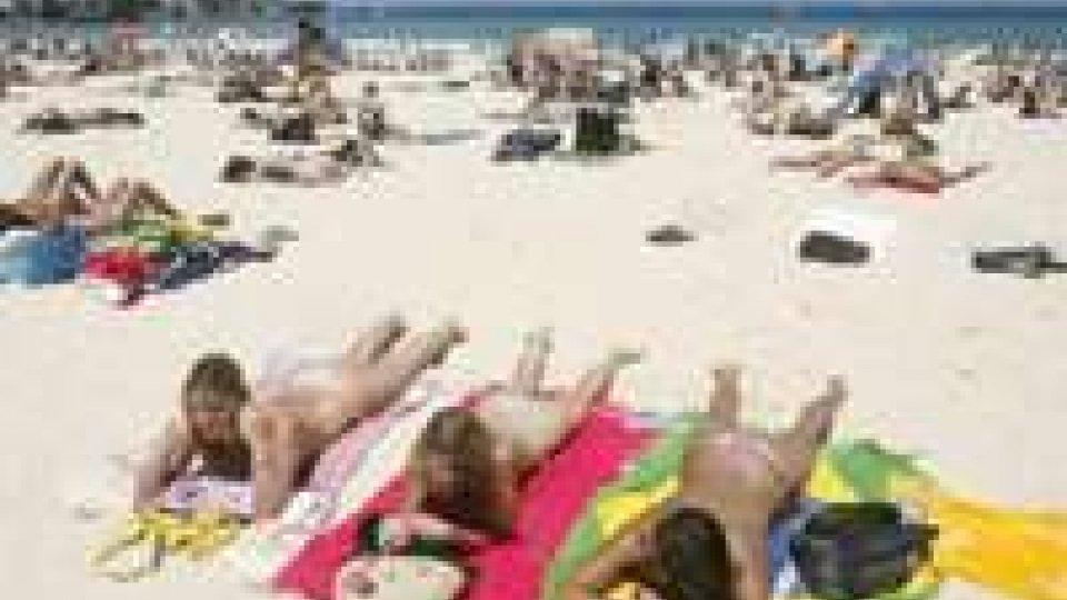 Francia: topless fuori moda le francesi tornano a coprirsi
