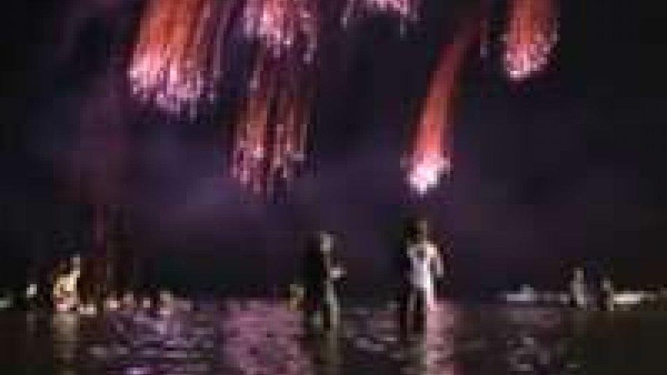 Parte ufficiamente la Notte rosa dedicata quest'anno alla Italian PassionParte ufficiamente la Notte rosa dedicata quest'anno alla Italian Passion