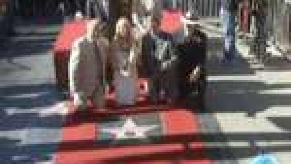 Torna Gwyneth Paltrow, a Los Angeles un tributo da star in suo onoreTorna Gwyneth Paltrow, a Los Angeles un tributo da star in suo onore