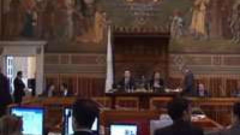 Consiglio: approvato emendamento Cittadinanza Attiva su beneficiari effettivi banche