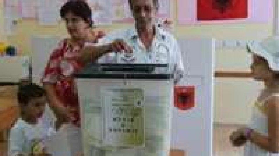 Albania: il voto si macchia di sangue