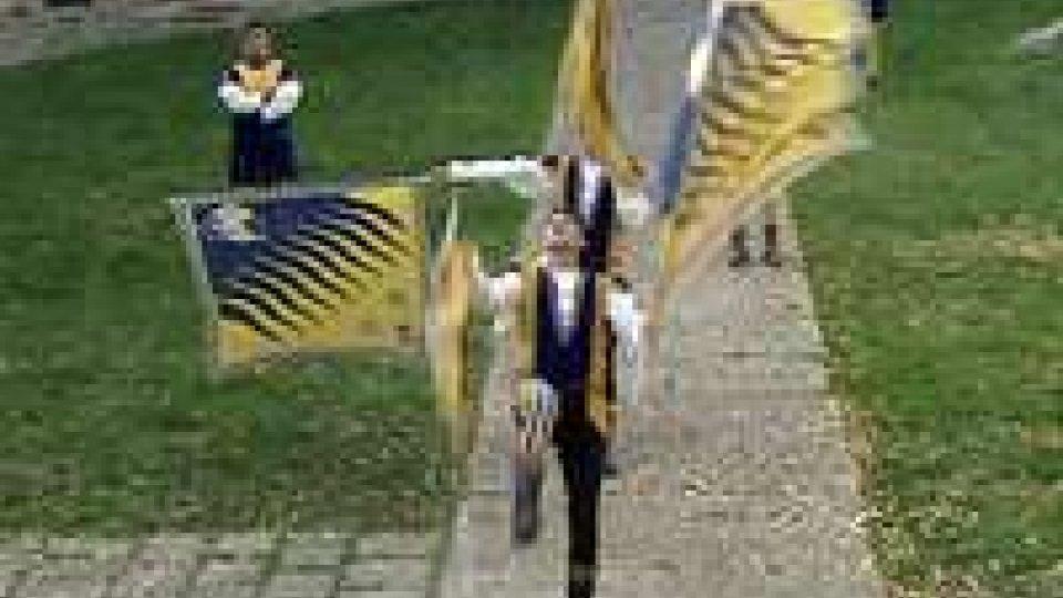 """500 sbandieratori in centro storico per """"Bandiere tradizionali. 2.0 – Idee per costruire""""500 sbandieratori in centro storico per """"Bandiere tradizionali. 2.0 – Idee per costruire"""""""