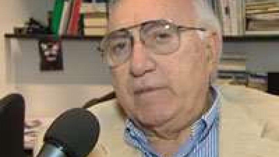 Si è spento Giorgio Faletti, il ricordo di Pippo BaudoSi è spento Giorgio Faletti, il ricordo di Pippo Baudo