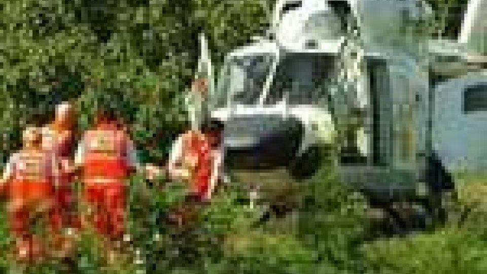 Modigliana, incidente sul lavoro: schiacciato dal trattore, agricoltore grave