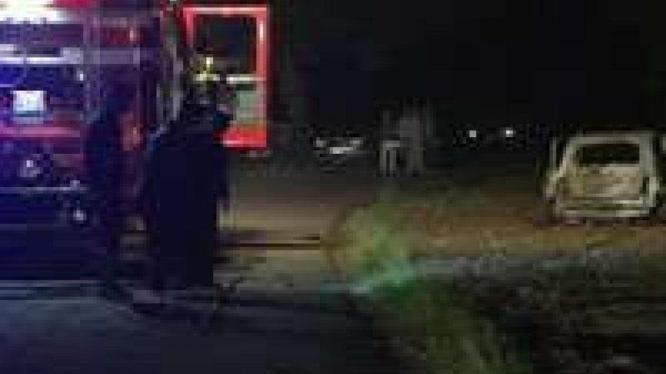 Una ragazza di Morciano, trovata nelle campagne di Gemmano, carbonizzata all'interno della sua autoUna ragazza di Morciano, trovata carbonizzata all'interno della sua auto