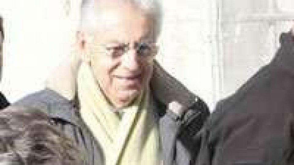 """Mario Monti: """"Dimissioni dopo Legge di Stabilita"""""""