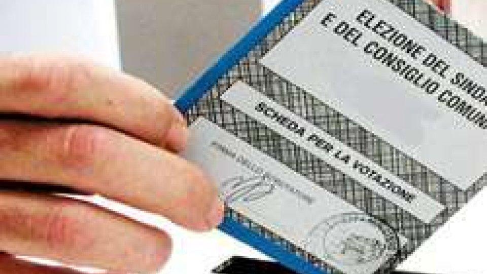In Italia si vota per le amministrative fino alle 23