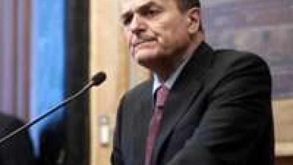 Bersani: oggi incontra Berlusconi-Maroni, giovedì al Colle