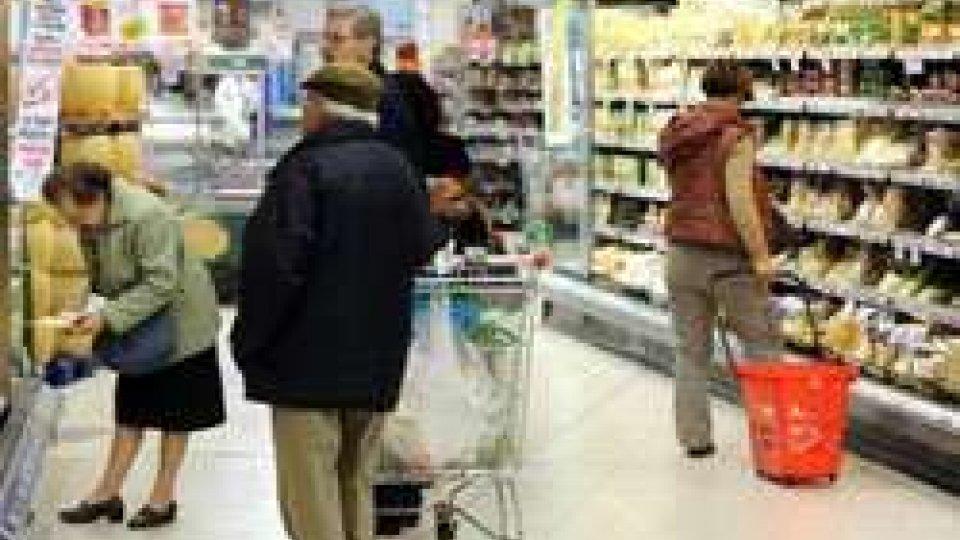Consumi: Italia recupera, +10,2 mld nel 2015