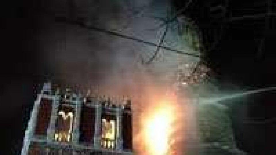 Russia: brucia camapanile del monastero di Novodevichy patrimonio Unesco