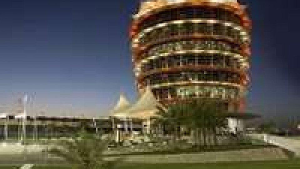 Formula 1: in Bahrain la Mercedes domina prime libere, 3° la Ferrari di Alonso
