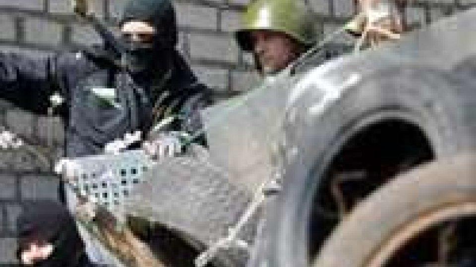 Ucraina: filorussi, scontri armati periferia Sloviansk