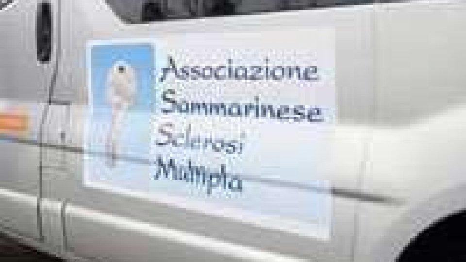 San Marino - Consegnati 1100 euro all'Associazione Sclerosi Multipla