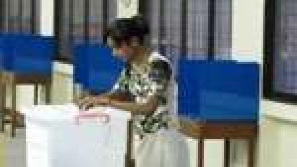 Birmania, opposizione denucnia brogli