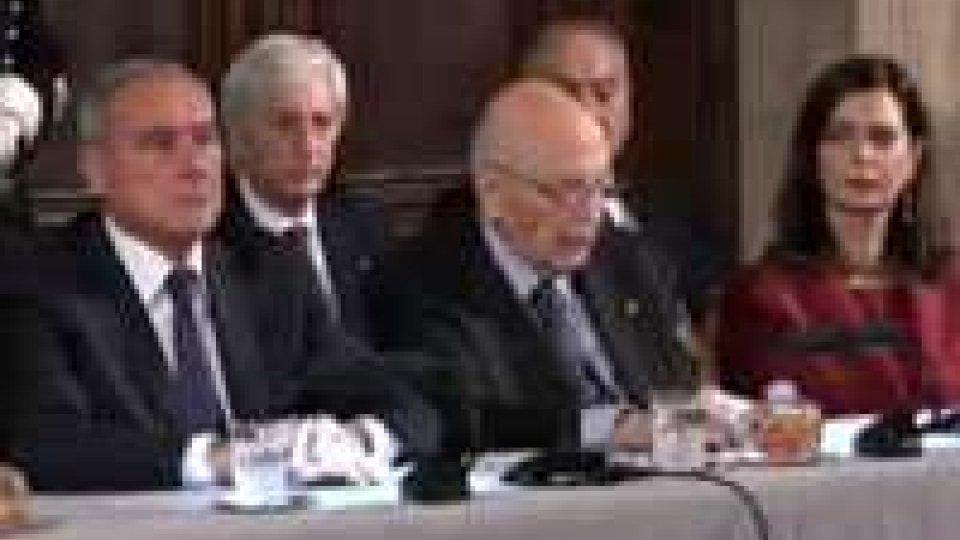 Bacchettate di Napolitano a chi agita lo spettro dell'instabilitàBacchettate di Napolitano a chi agita lo spettro dell'instabilità