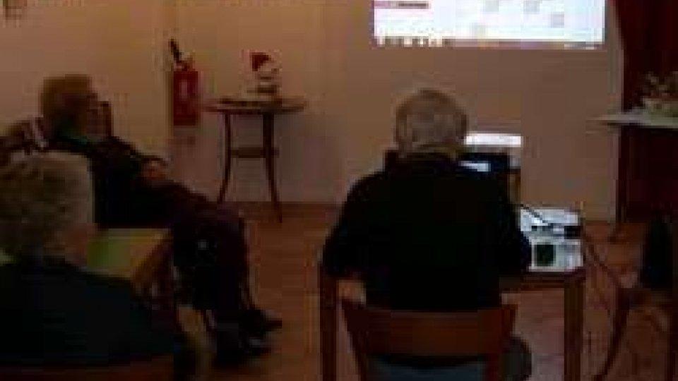 Anziani: giochi per la memoria al centro di via GiacominiAnziani: giochi per la memoria al centro di via Giacomini