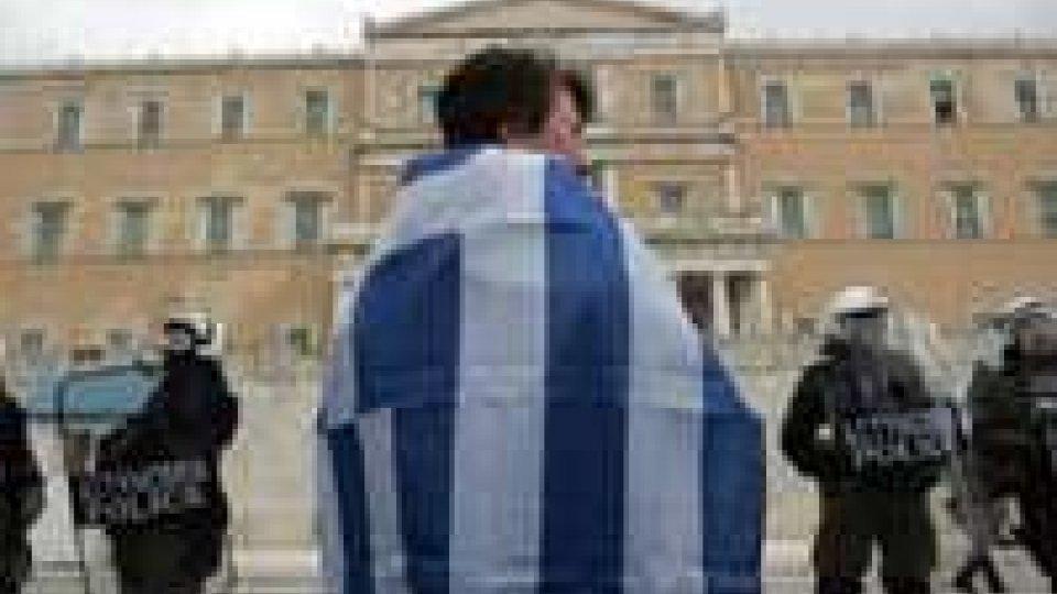 Grecia: governo valuta la ripresa degli espropri delle prime case