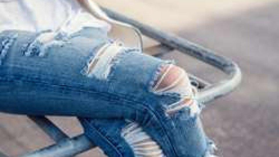 Jeans strappati al bando al Belluzzi - Da Vinci