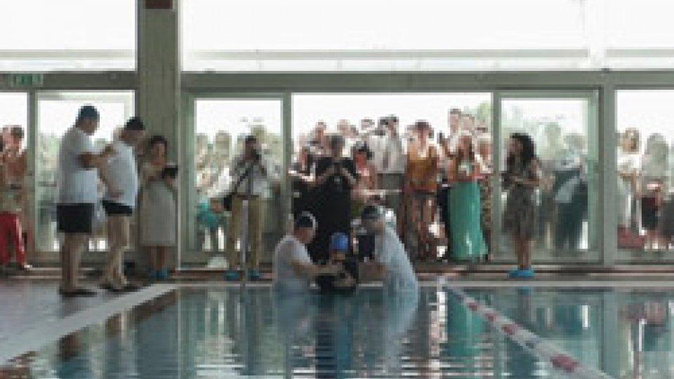 I battesimiSi è concluso a Rimini questo week end il primo dei tre appuntamenti congressuali di luglio dei Testimoni di Geova