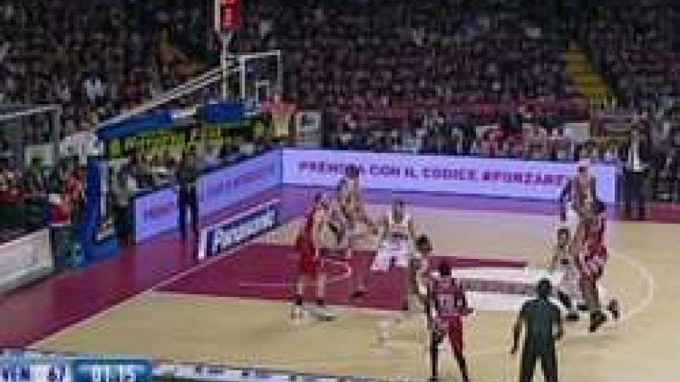 Venezia - PistoiaBasket: Pistoia da battaglia, ma la Reyer si porta sul 2-0