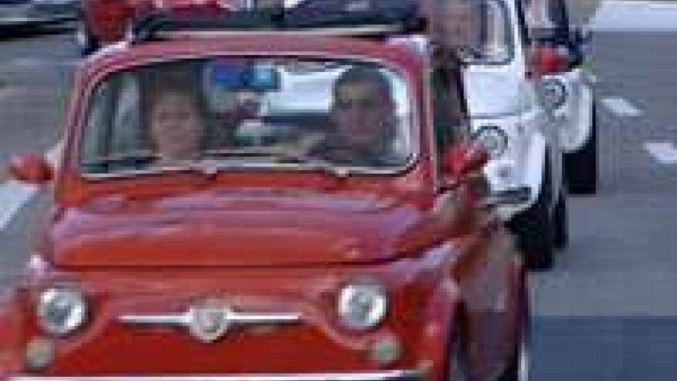 Sul Titano lo spettacolo delle Fiat 500Sul Titano lo spettacolo delle Fiat 500