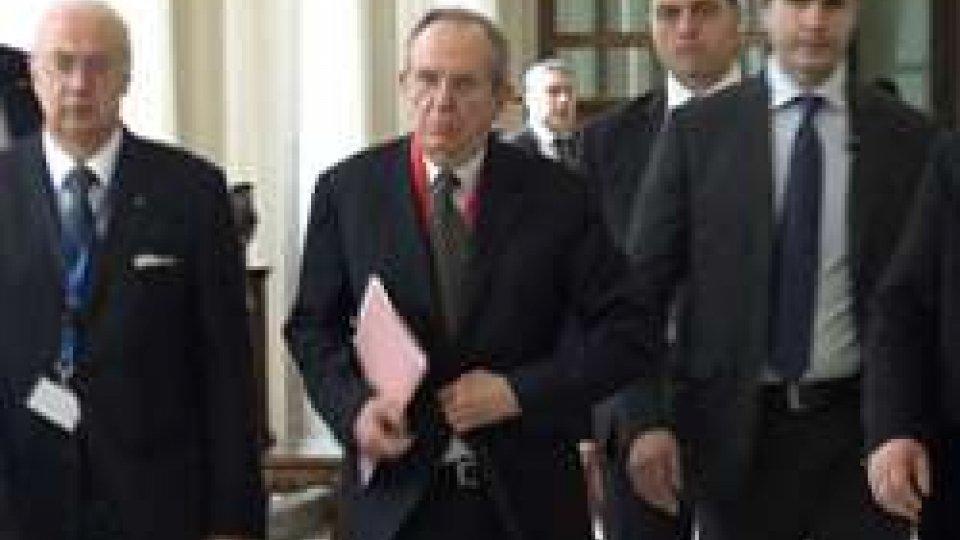 Pier Carlo PadoanDebito pubblico ancora alle stelle, l'Ue scrive a Padoan per essere rassicurata