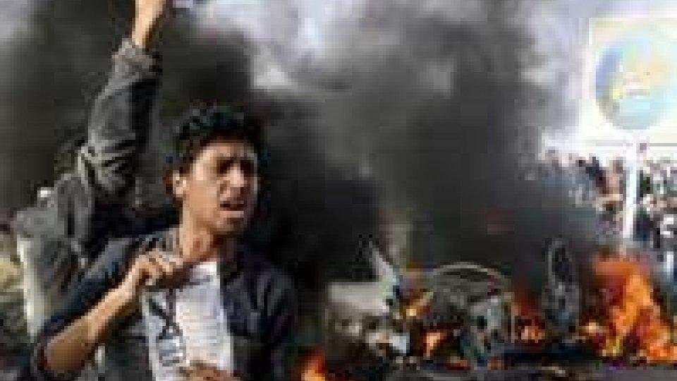 Egitto, impazzano gli scontri