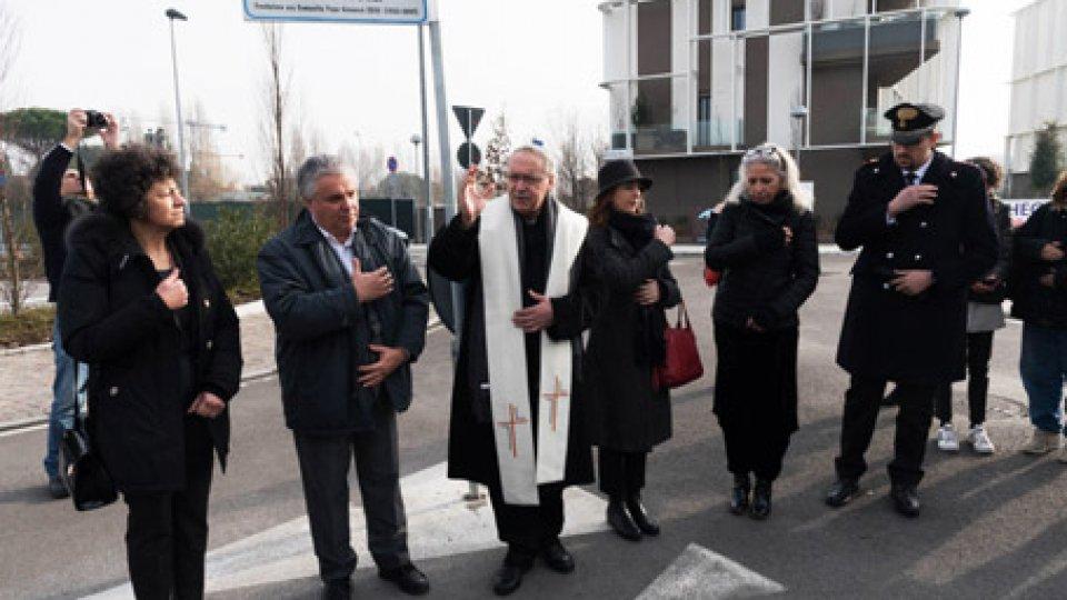 L'inaugurazioneRimini intitola una via a Don Oreste Benzi a 50 anni dalla fondazione della Papa Giovanni