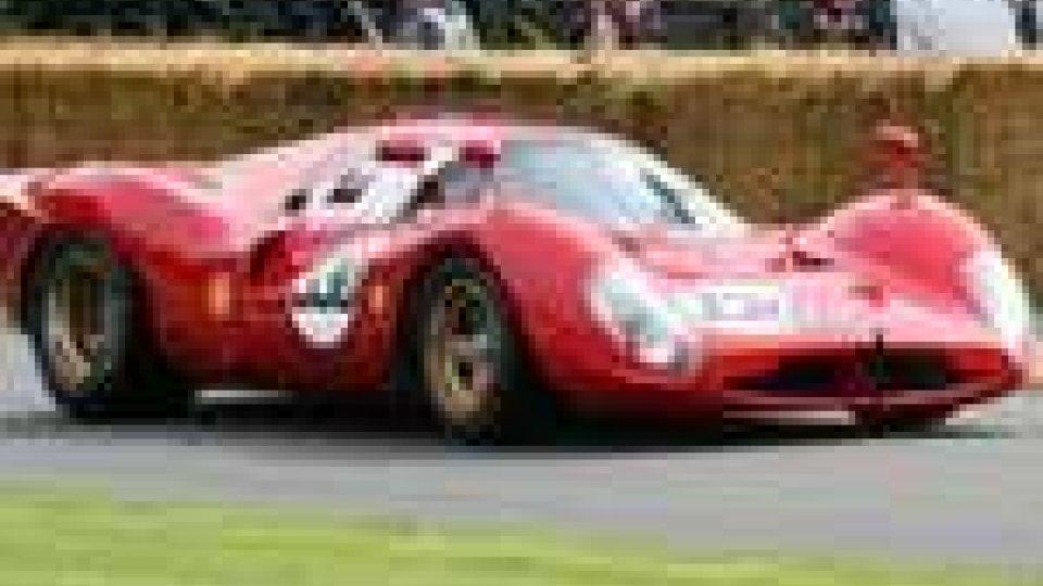 L'unica Ferrari 330 P è quella di Maranello Rosso