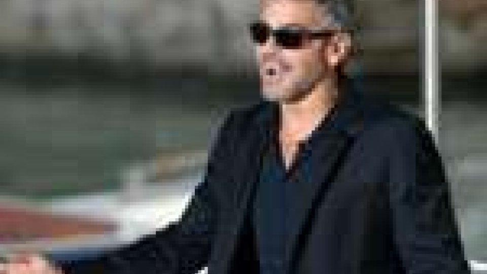 Festival del cinema di Venezia: folla in delirio per George Clooney