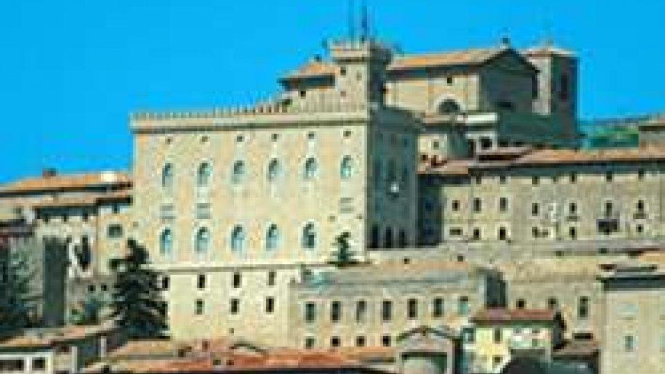 Il Palazzo Pubblico nel centro storicoTre Coalizioni in campo. Nulla di fatto nel primo incontro con la Lista di Severini